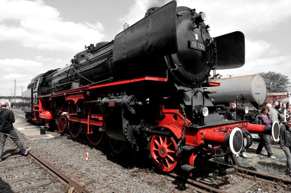 01 - 150 Traum in Schwarz und Rot
