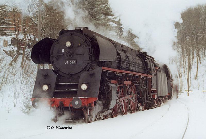 01 519 im Schnee