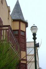 013 F nor St. Aubin: Turm an Promenade