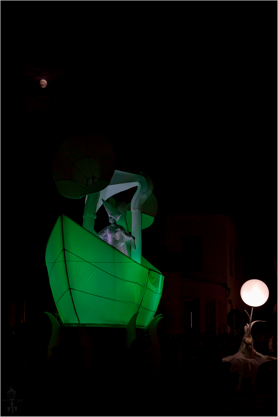 02/06/2012-HELMNOT-10