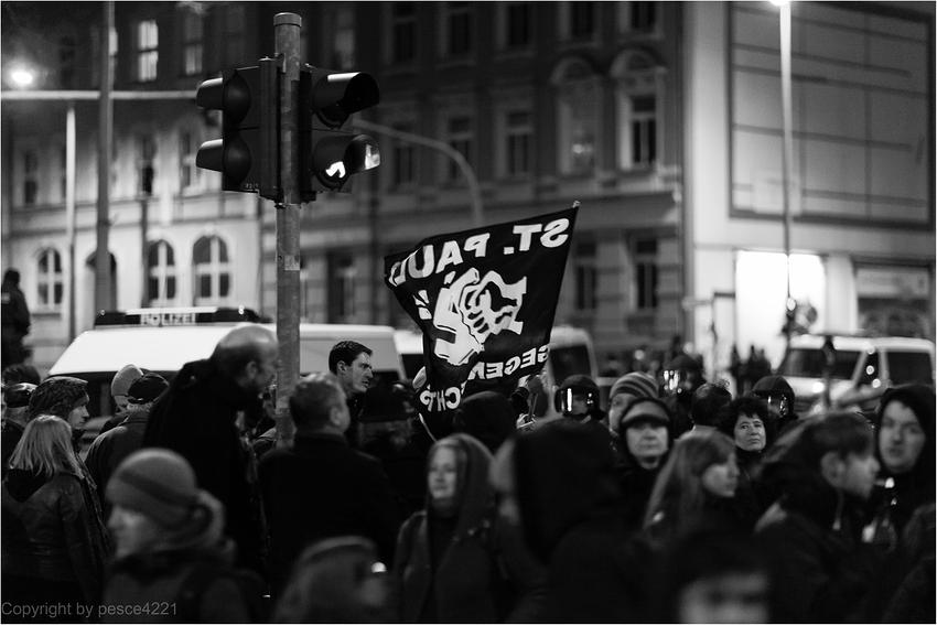 05/03/2013 -13 (St.Pauli gegen Rechts)