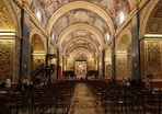 100 Jahre für reich & kunstvoll dekoriert