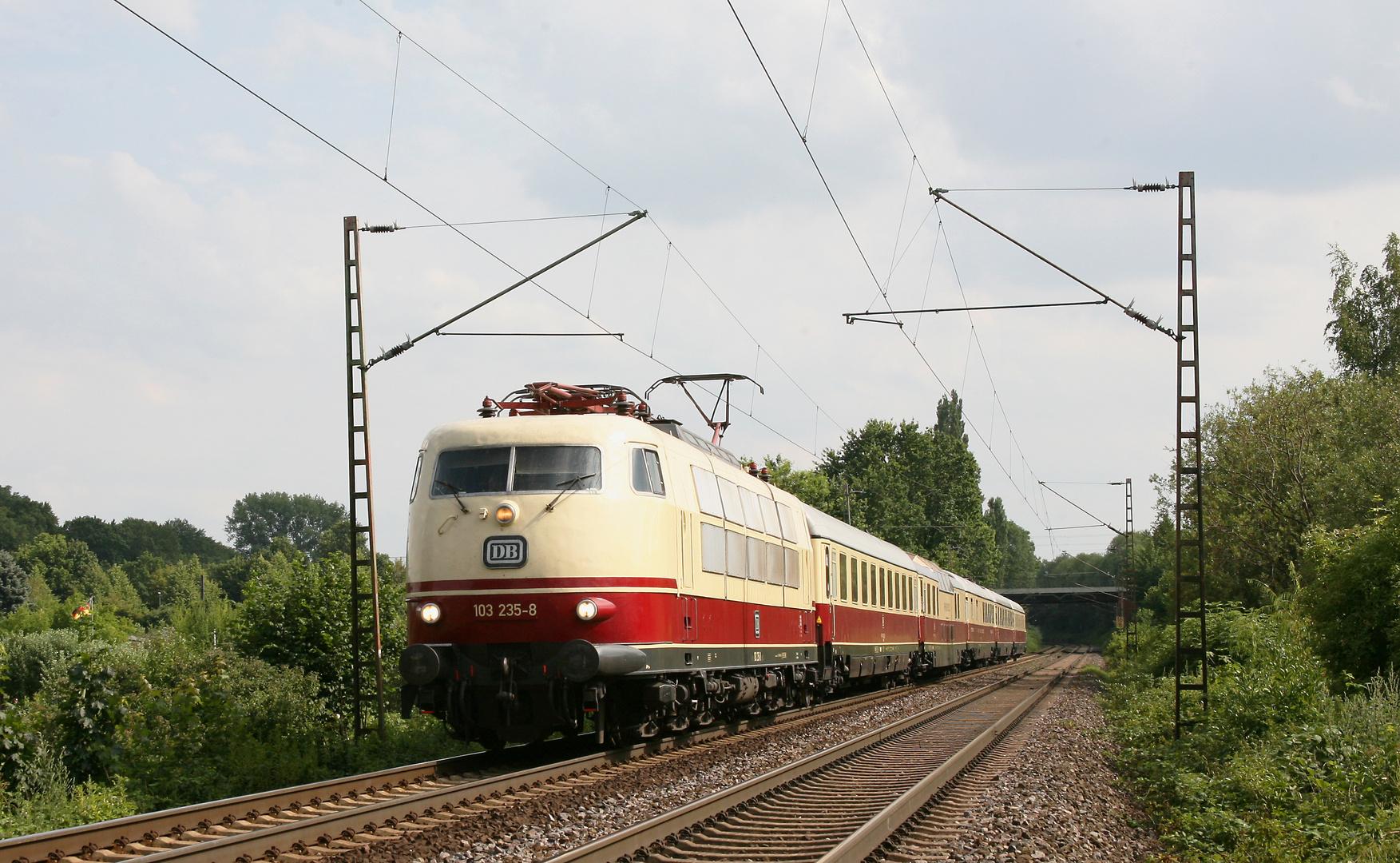 103 235 TEE von Dresden nach Koblenz...