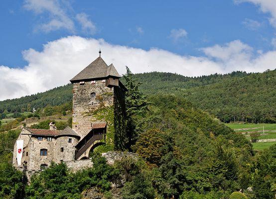 (110) Schloss Branzoll 2