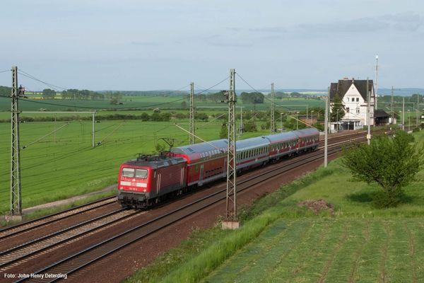 112 119-3 mit Pbz in Seebergen, Mai 2005