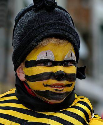 1194 maya l'abeille