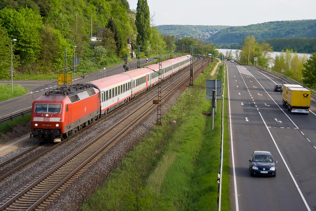 120 159-9 mit IC118 bei Linz am Rhein