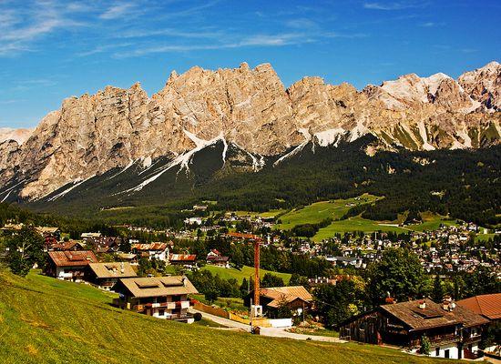 (122)  Der Monte Cristallo (3154m)...