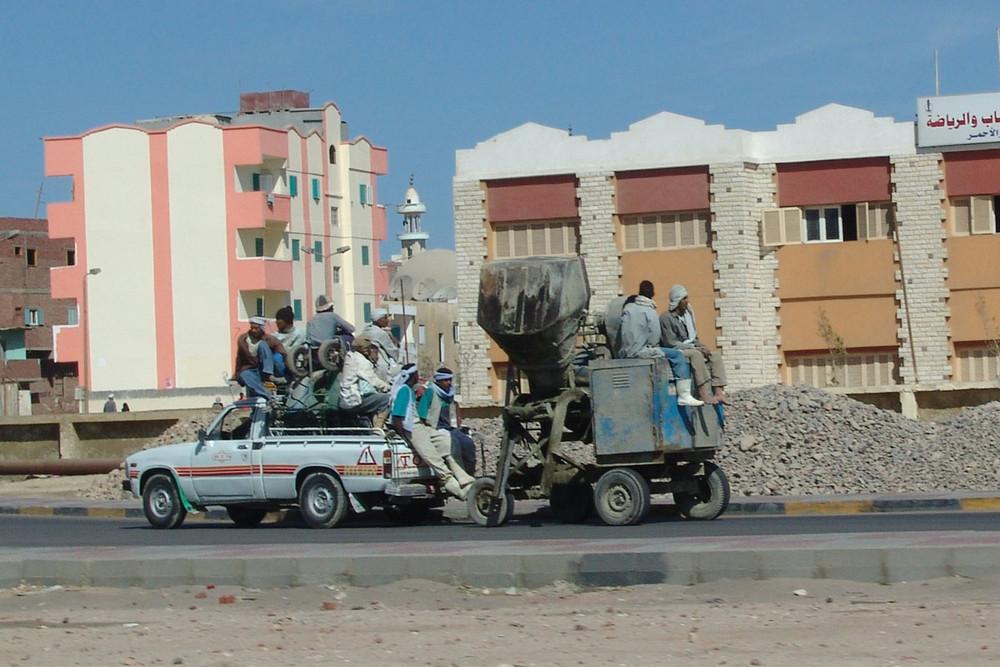13 Mann Transporter in Hurgharda