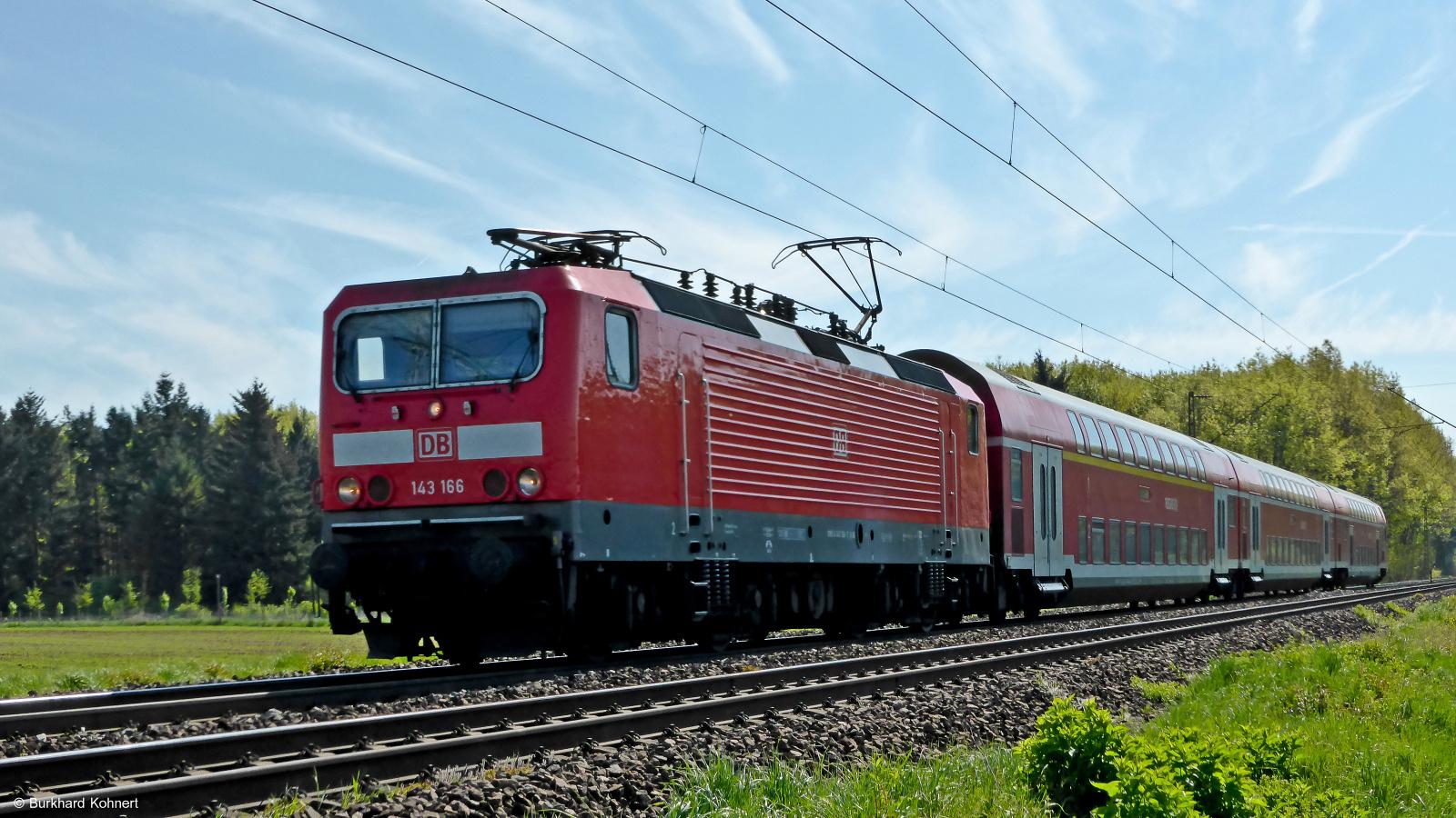 143 166 mit RB75 nach Wiesbaden