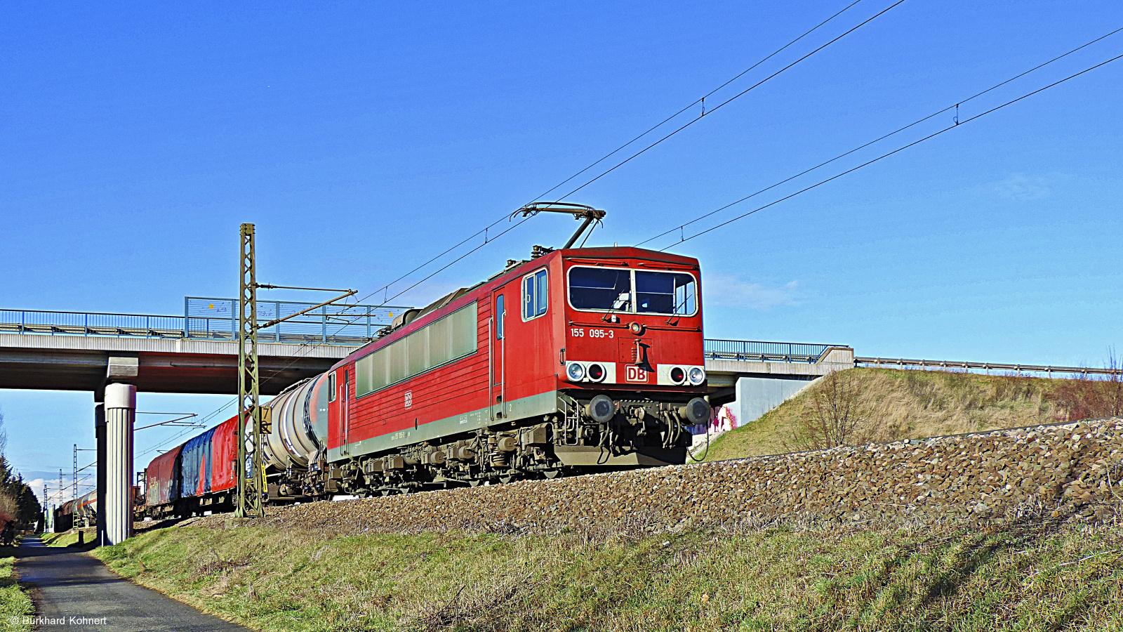 155 095-3 mit gem. Güterzug