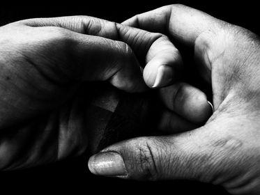 Le mani comunicano