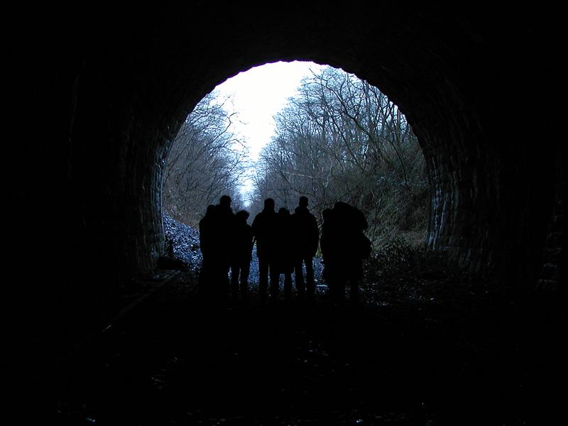17 Uhr: Die Tunnelexpedition endet