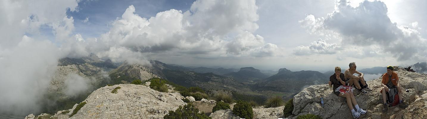 180° Blick aus 1100 m Höhe vom L'Ofre (Reload)