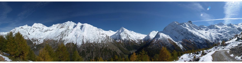 180° Panorama über Saas Fee