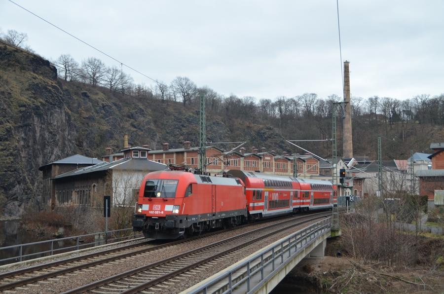 182 021 auf der Dresdener S3