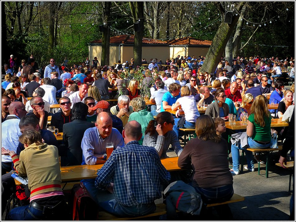 18.April. Biergarten am Neuen See im Tiergarten