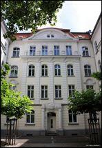 1903-2009WohnenImArbeiterViertel-1903-2009Living in a working-class neighborhood