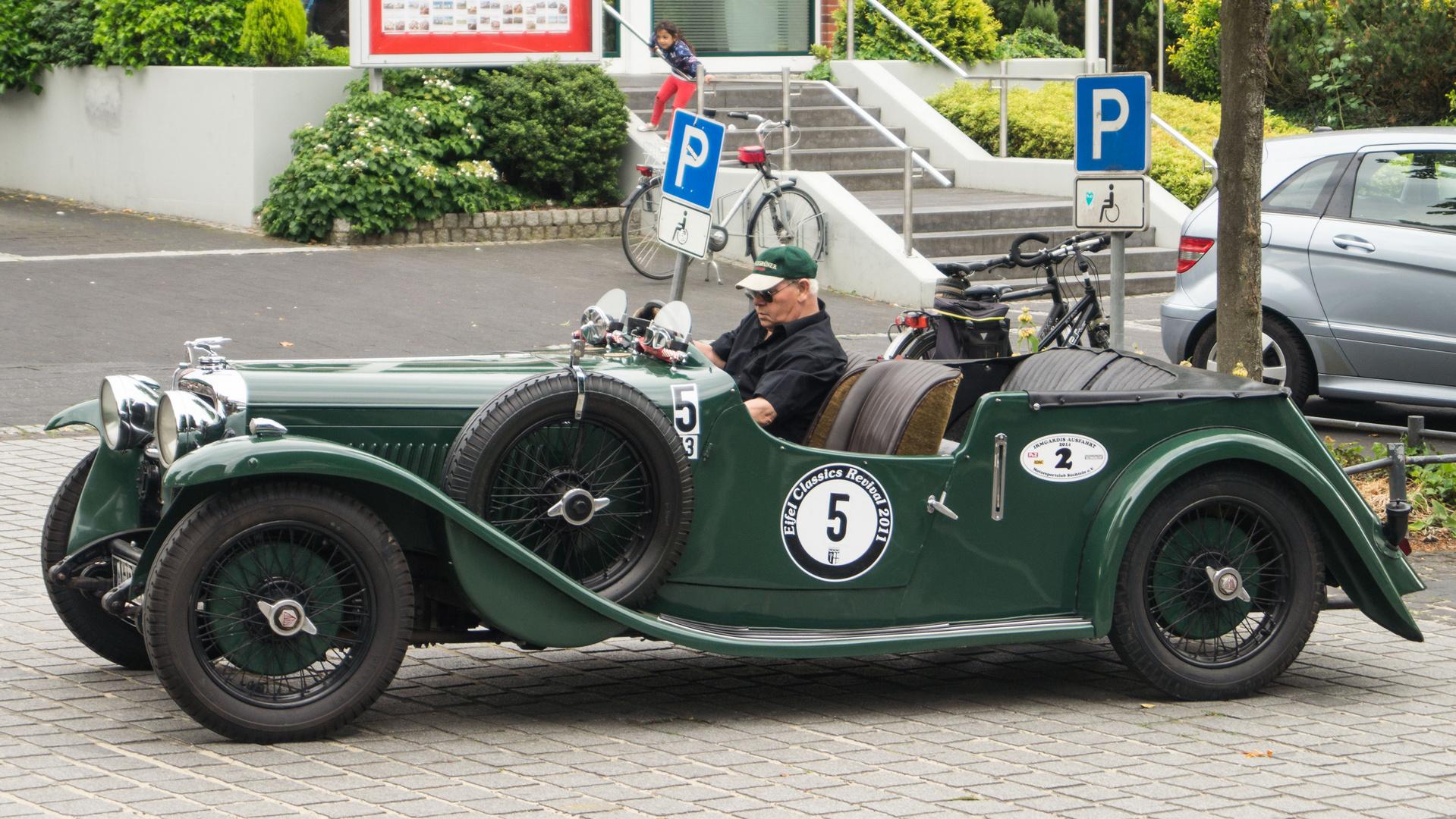 1932er ALVIS auf dem Wegberger Oldtimertreffen