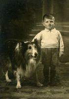 1947 Da hatte ich noch ne Kopf bedeckung,smile
