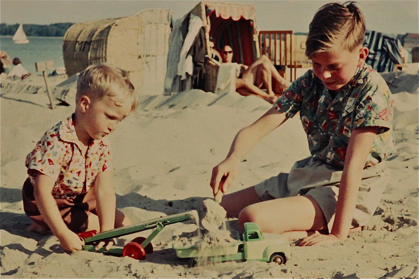 1955 - Nach den vielen, heute meist farbgealterten Papierbildern . . .