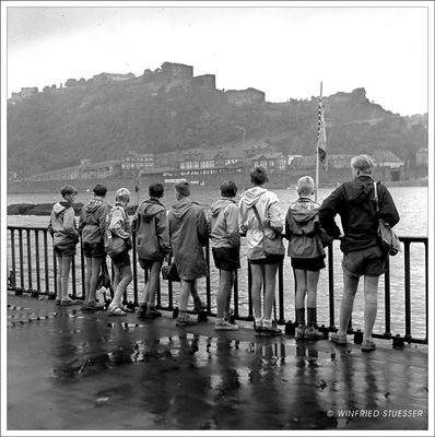 1957 Jugendzeltlager im Baybachtal-Hunsrück (56) Ausflug bei Regenwetter