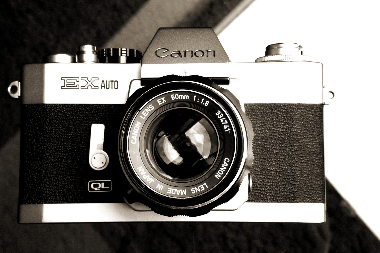 (1972) Canon EX Auto QL mit 50mm Festbrennweite