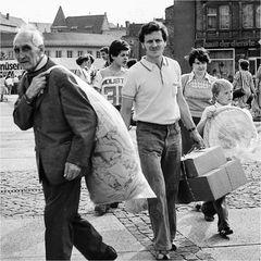 1979, Jeder hat sein Päckchen zu tragen.