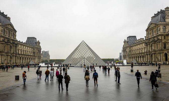 _-1Regen in Paris