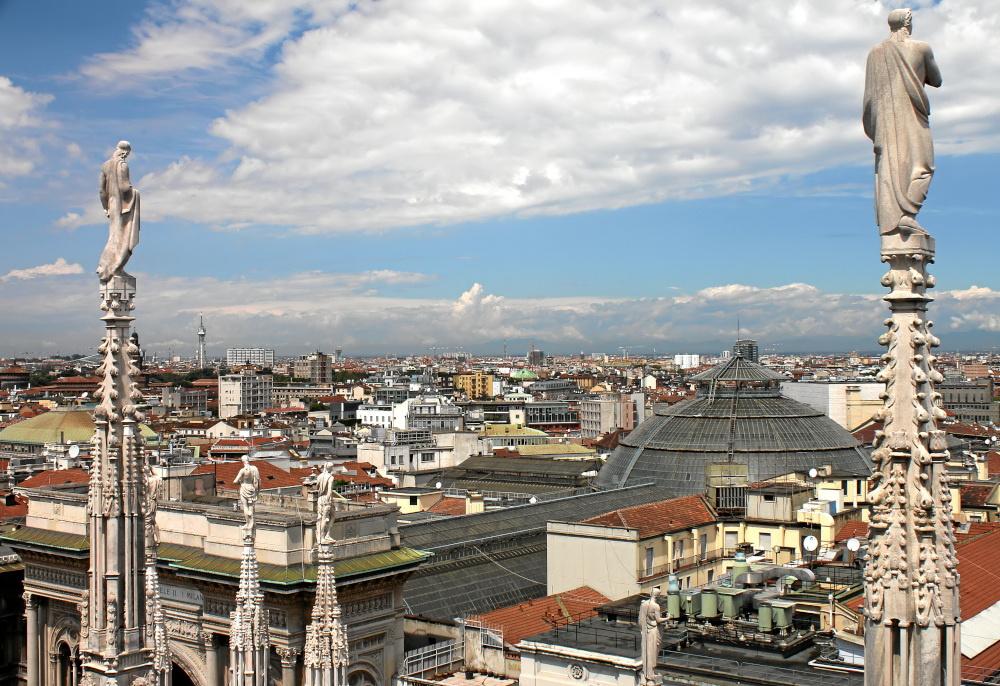 2 antike Wächter über Mailand