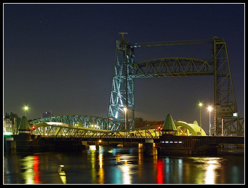 2 bewegliche Brücken