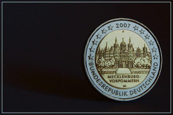 """2-Euro-Gedenkmünze """"Schloss Schwerin"""" (überarbeitet)"""
