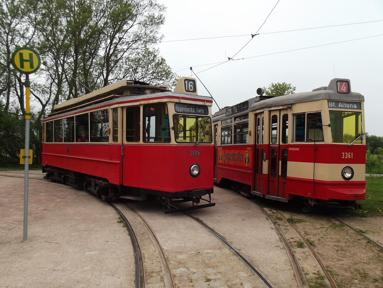 2 Generationen Hamburger Straßenbahn