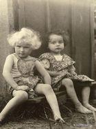 2 Mädchen aus Germany