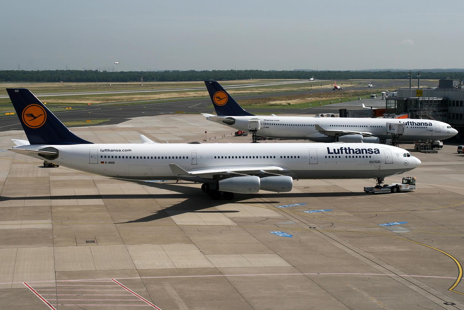 2 mal A340 in Düsseldorf