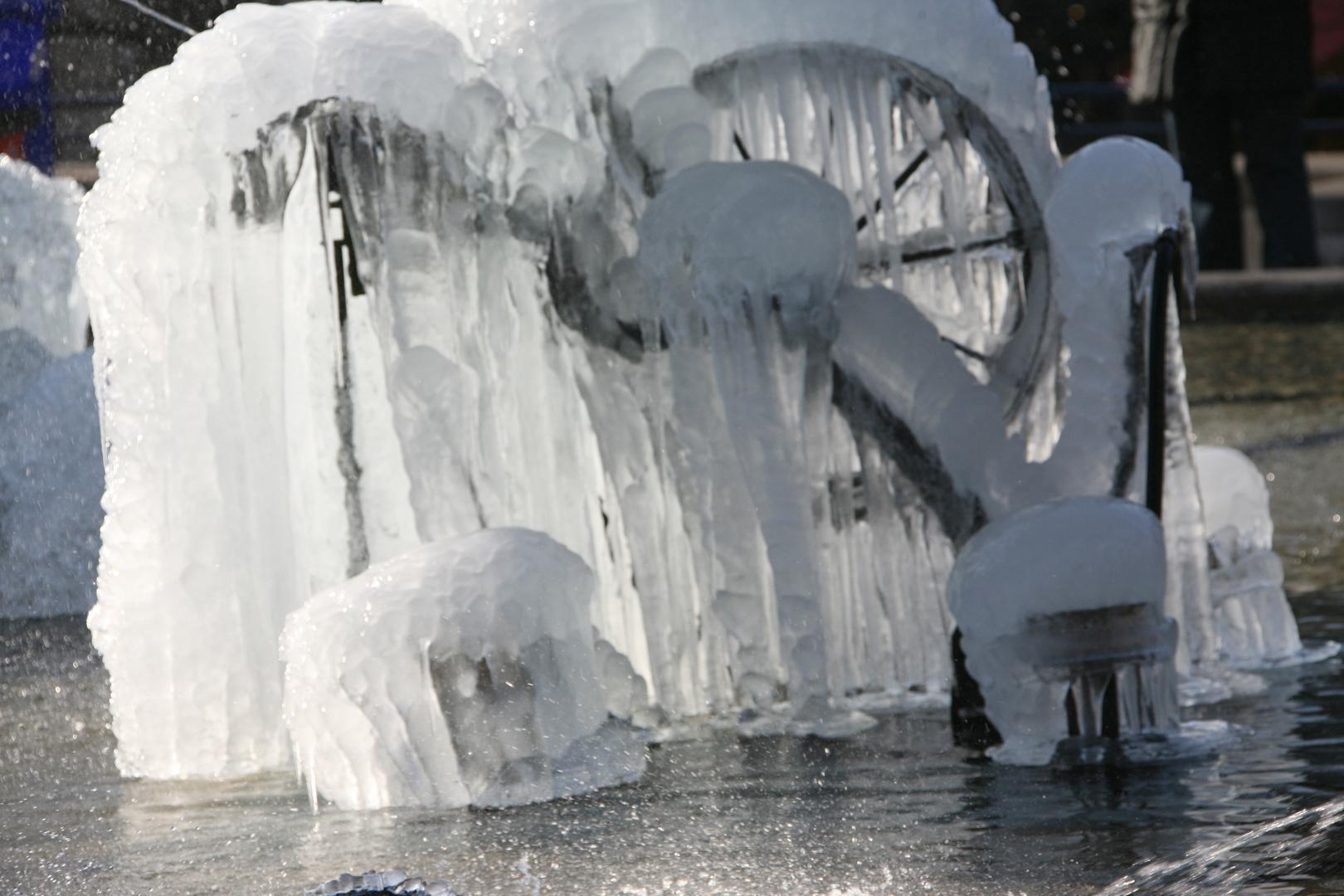 2-Tinguely-Brunnen Basel