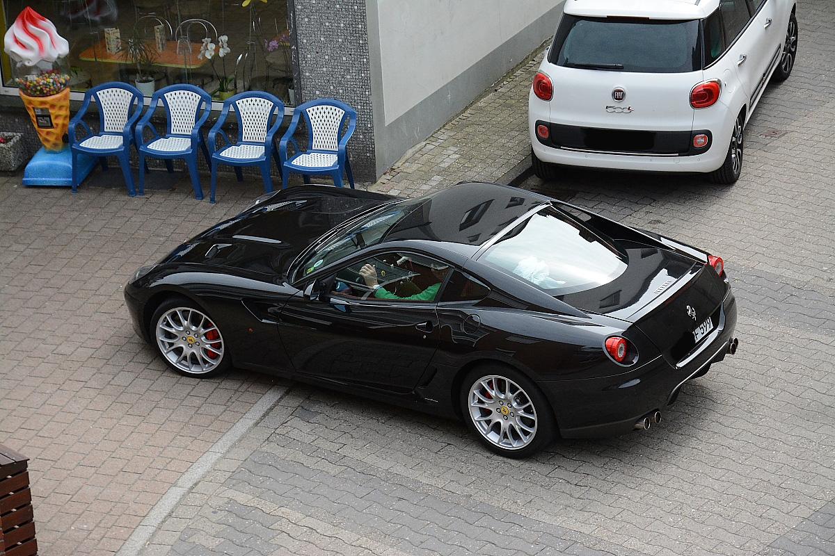 2 x Fiat