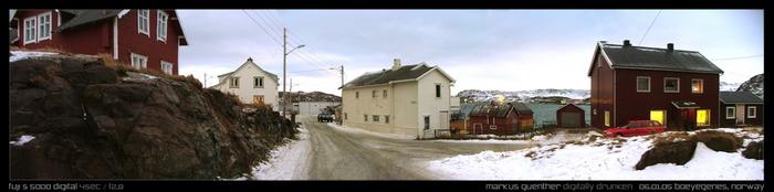 200-Seelen-Fischerdorf an der Barentspassage, Norwegen