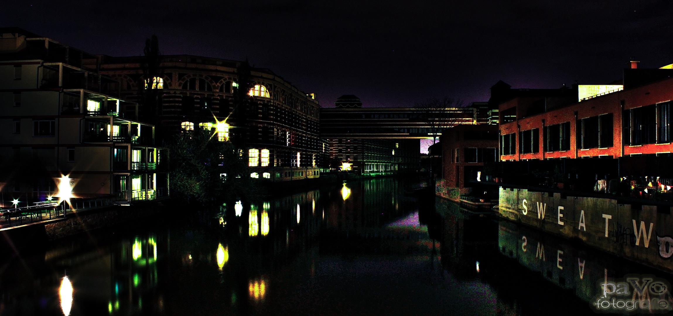 20.04.2013 Karl - Heine - Kanal an den ehemaligen Buntgarnwerke Nachtaufnahme