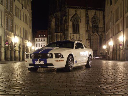 2006er Mustang GT meets Münster-Altstadt