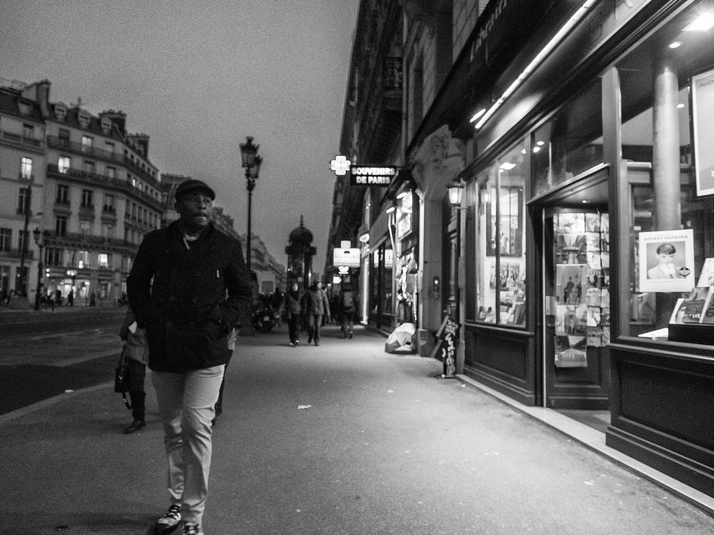 201303 Paris - On the Street