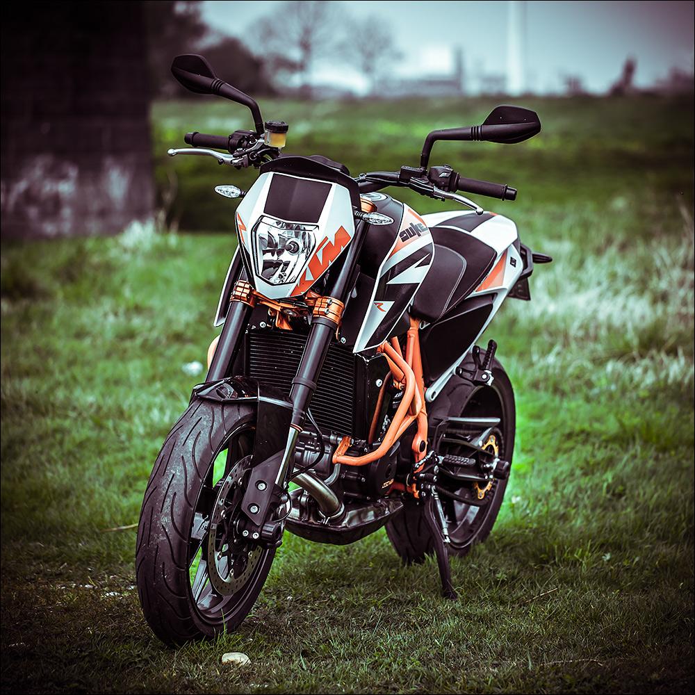 2014er KTM Duke 690 R