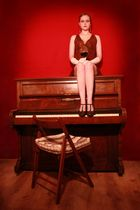 20er: Klavier und Maja