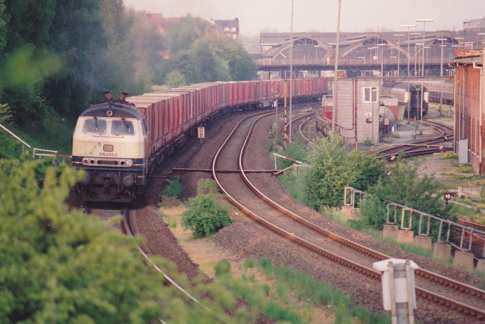 218 499-2 Ausfahrt Lübeck Hbf