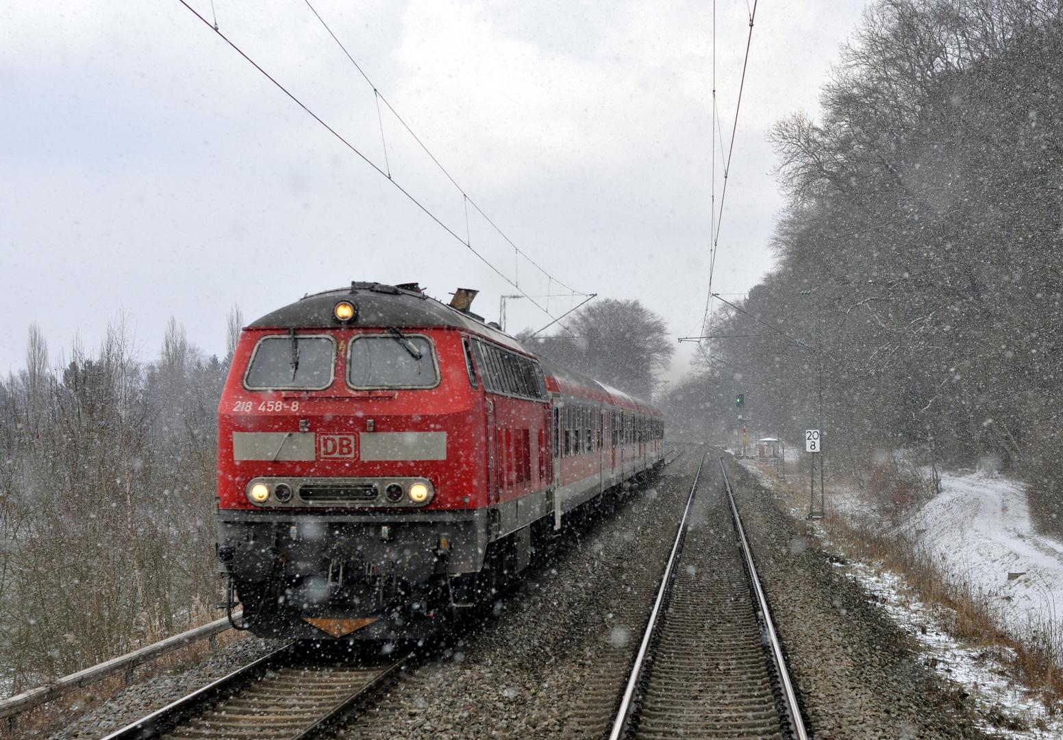 218er im Schneetreiben