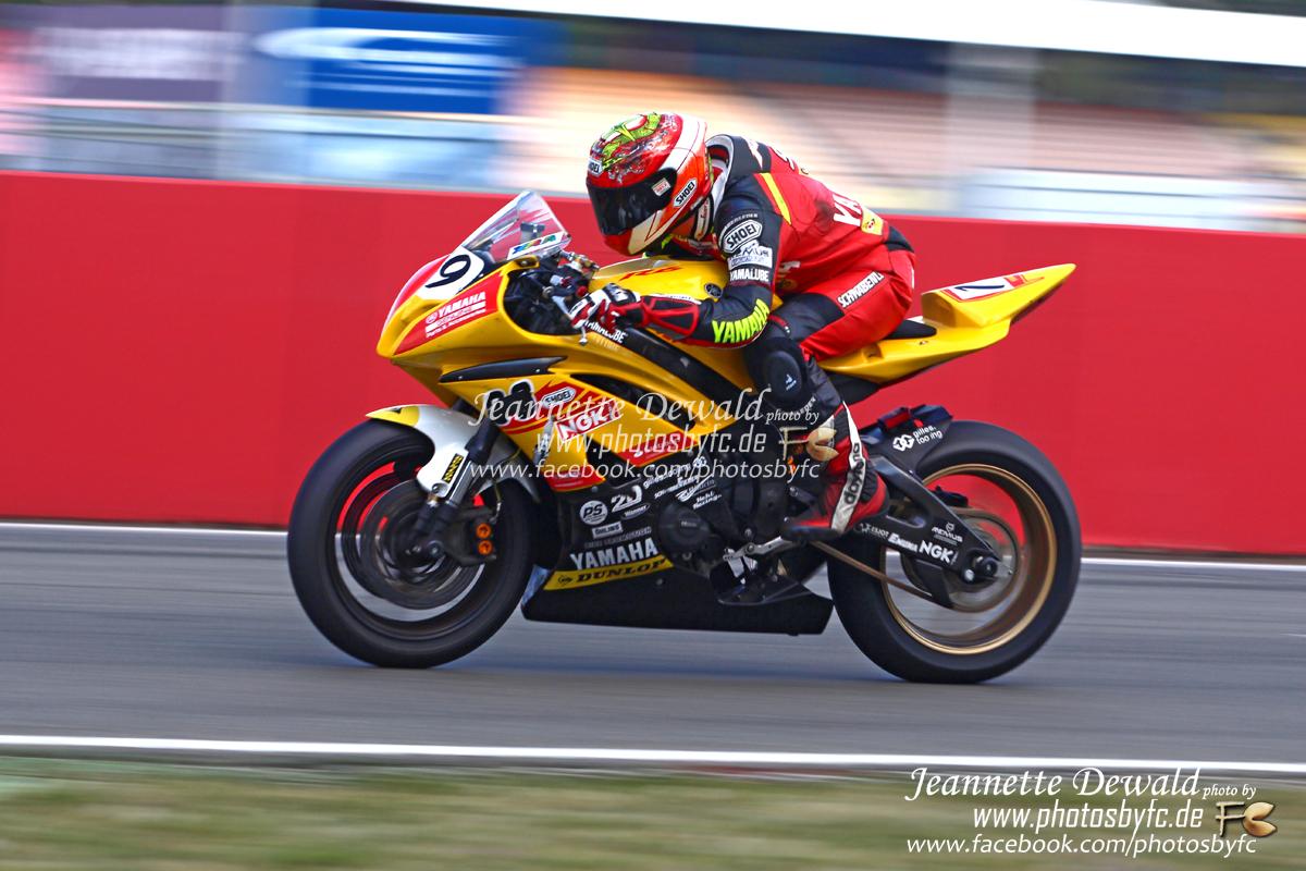 240 km/h - ADAC 1000km Rennen Hockenheimring - Photos by FC - Jeannette Dewald