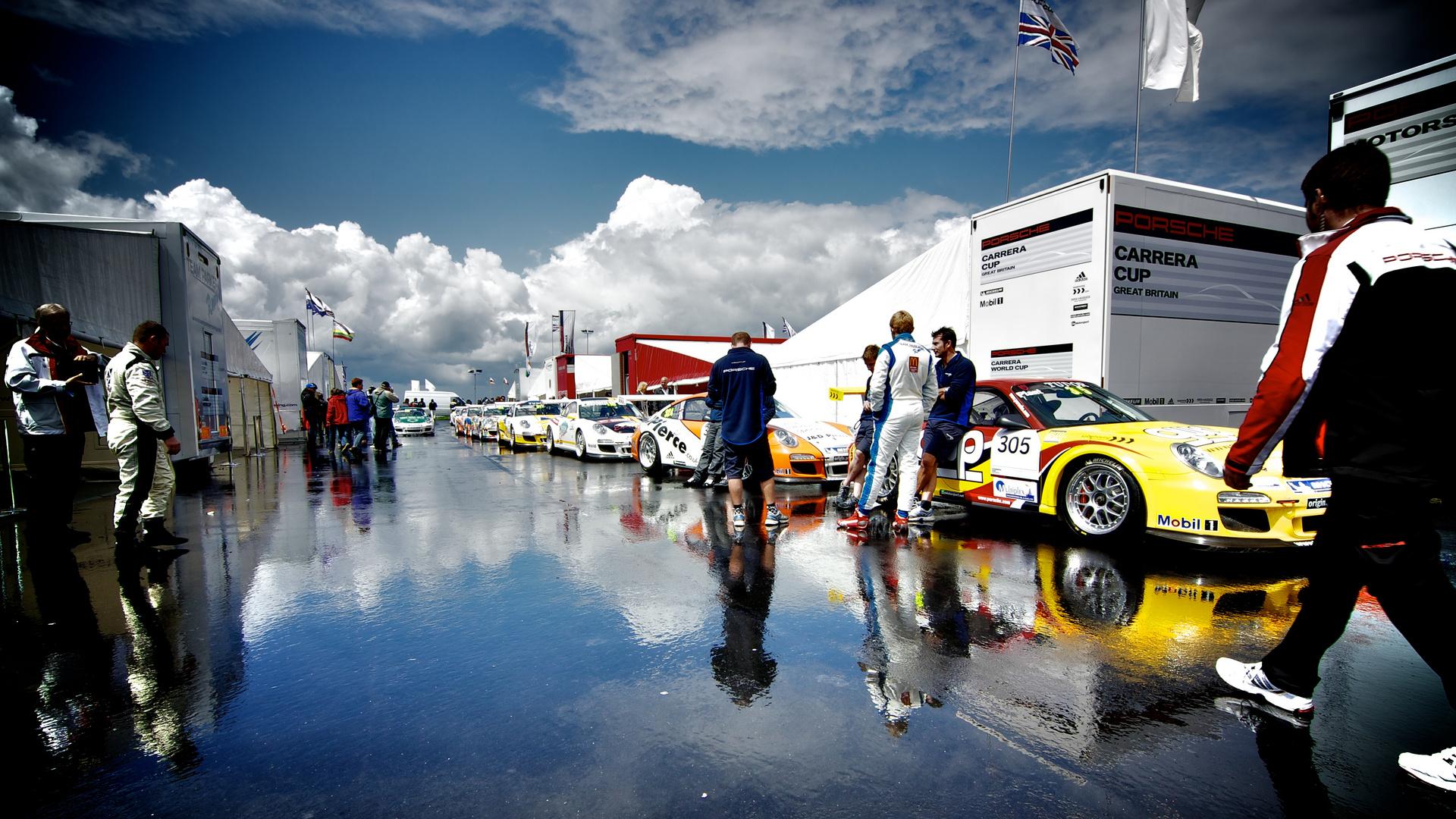24H Rennen Nürburgring, Porsche Fahrerlager
