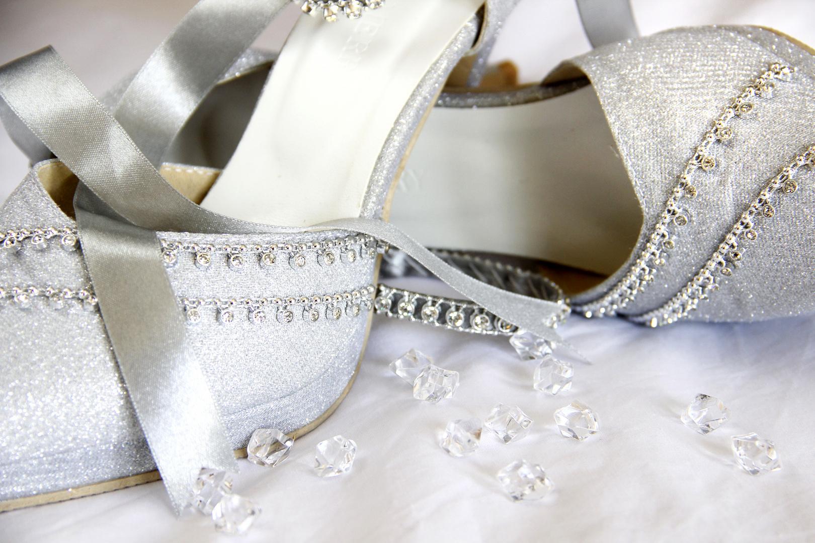 25 shoes... :)