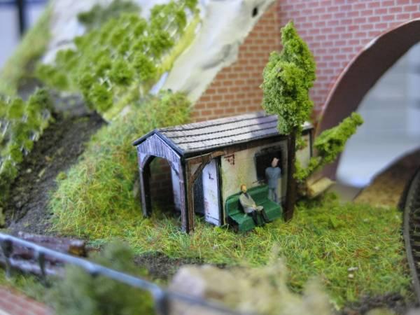 ::26:: Modellbahn im Aktenregal - Schutzhütte am Weinberg