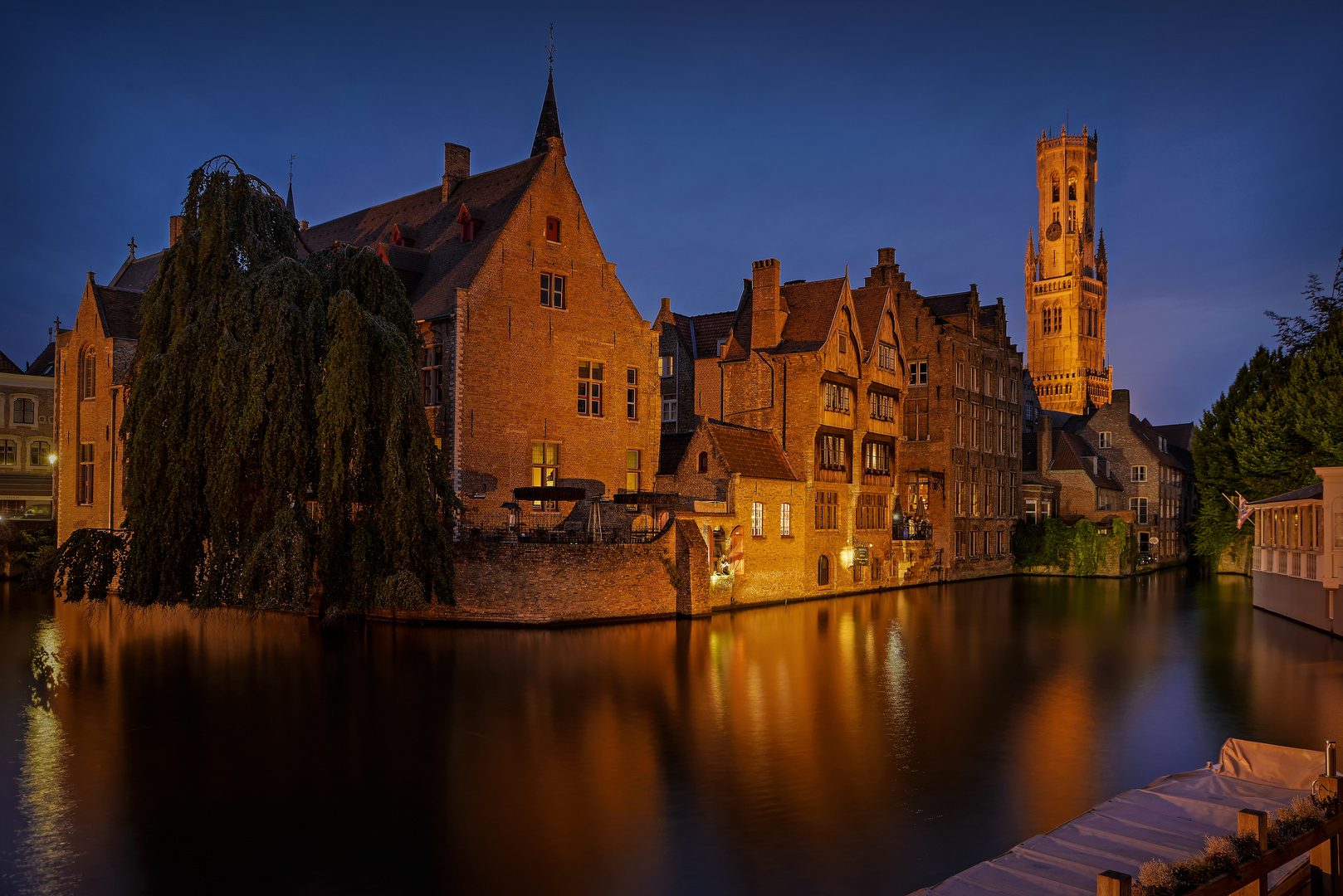 2be in brugge HDR
